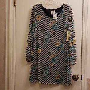 Cold Shoulder Dress, M